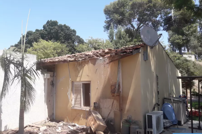 Home which was struck by a rocket overnight in Yad Mordechai. (photo credit: TAMARA ZIEVE)